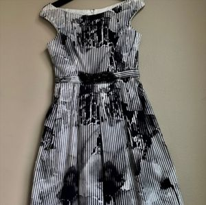 Rickie Freeman Teri Jon White Black Dress Size 14